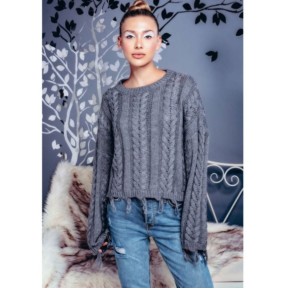 Sweaters - Chunky Cable Knit Sweater Destroyed Hem NWT